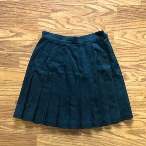 Black pleated vintage skirt